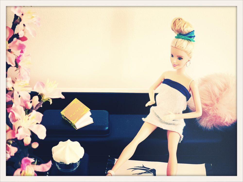 Barbie im DIY Wohnzimmer